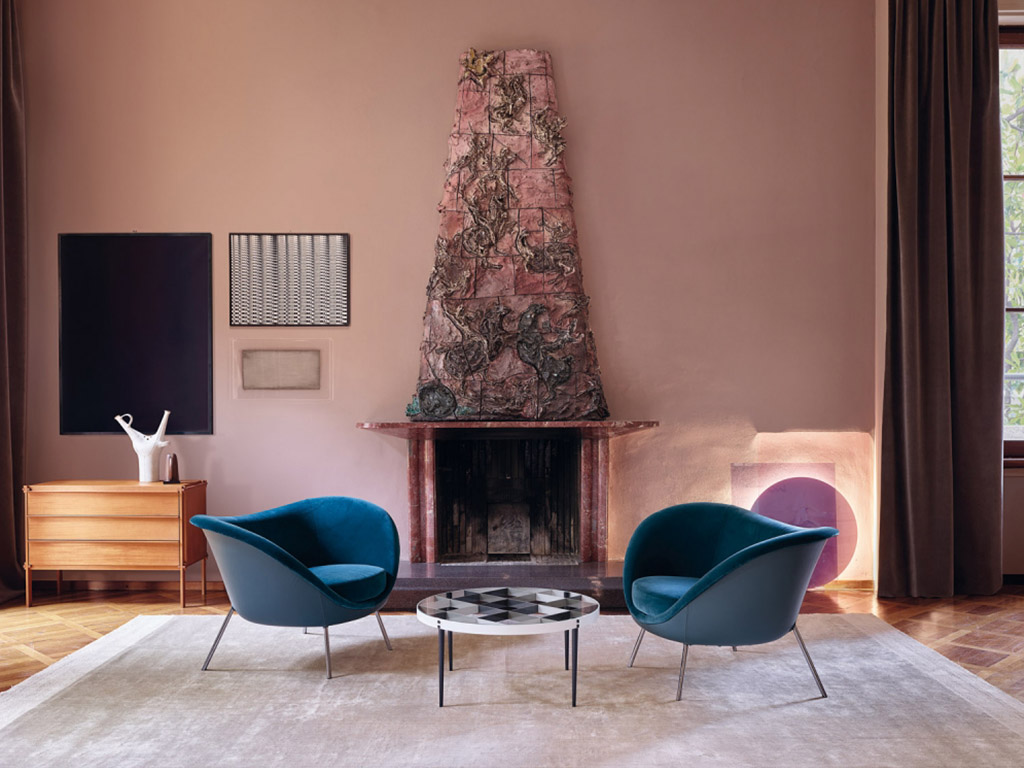 Armchair by molteni c hub furniture lighting for Molteni furniture